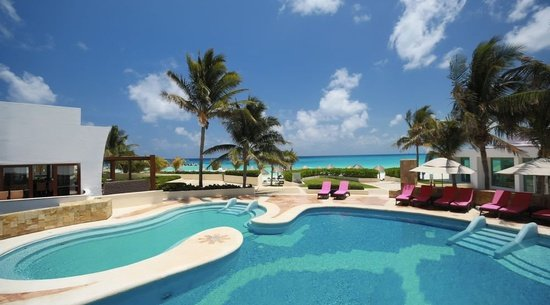 Altitude by Krystal Grand Punta Cancún All Inclusive